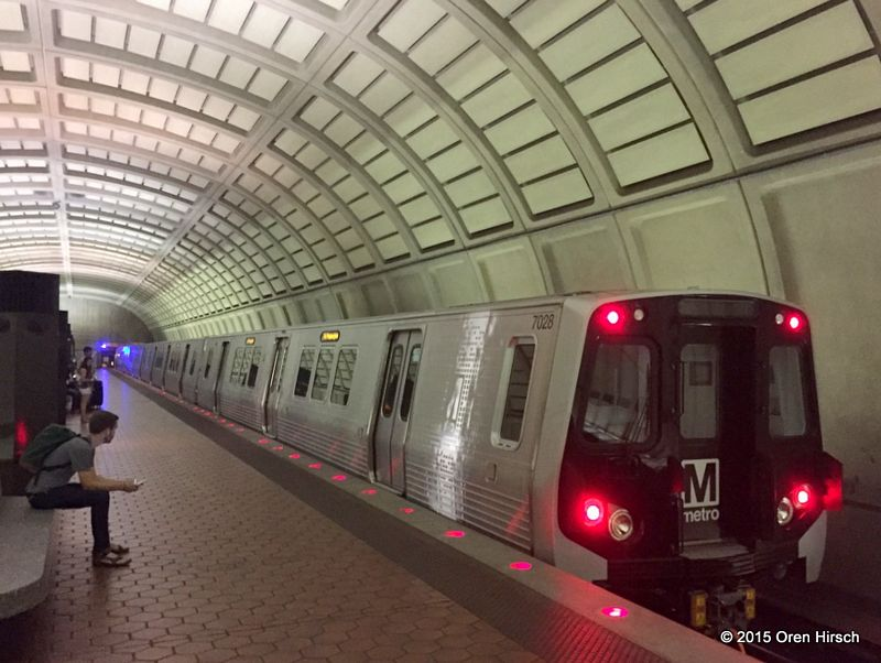 washington dc metro car pictures to pin on pinterest pinsdaddy. Black Bedroom Furniture Sets. Home Design Ideas